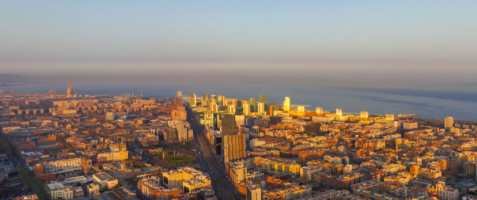 Descubre el barrio de Diagonal Mar de Barcelona