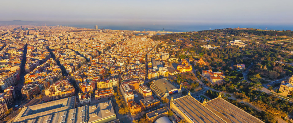 Descubre el barrio Poble Sec de Barcelona! ✿