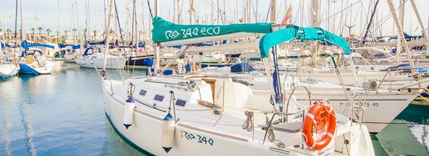 Mindenki a fedélzetre! avagy hajóbérlés Barcelonaba