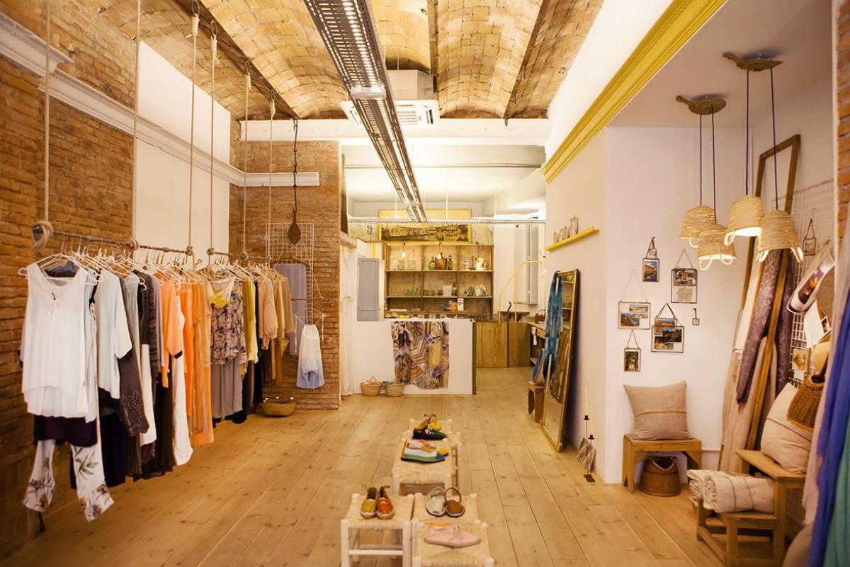 D nde comprar regalos originales en barcelona for Decoracion de negocios de ropa