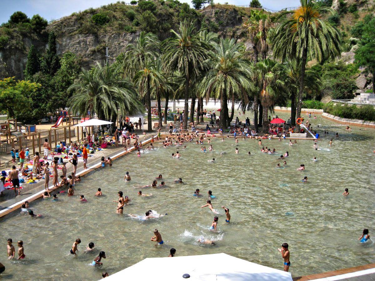 Erfrische dich im sommer in den besten pools von barcelona for Piscina creueta del coll