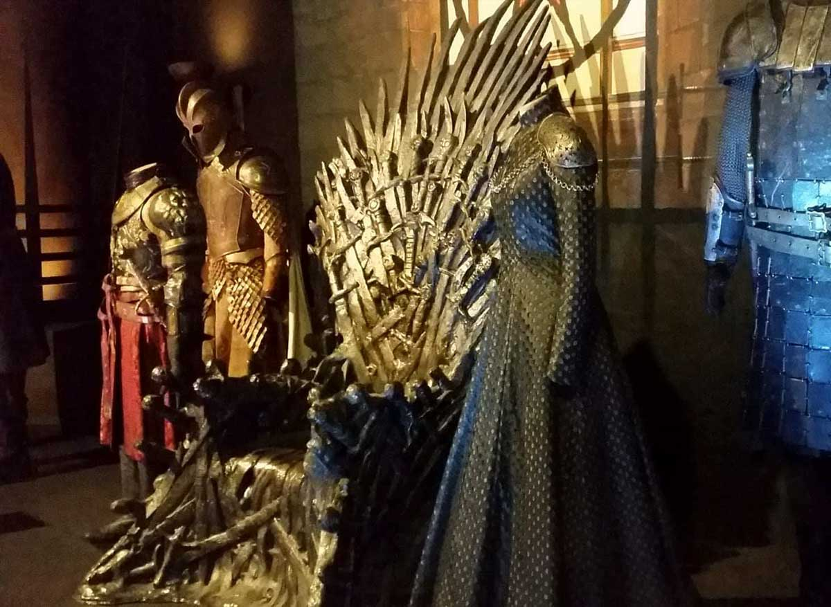 Game of thrones the touring exhibition - Trono de hierro ...