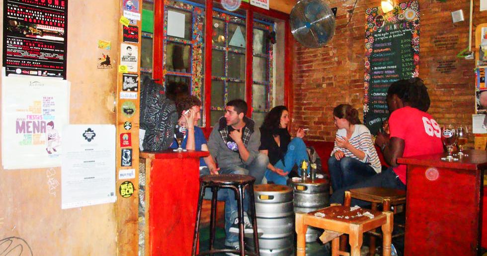 Top des lieux secrets barcelone for Tomar algo en barcelona noche