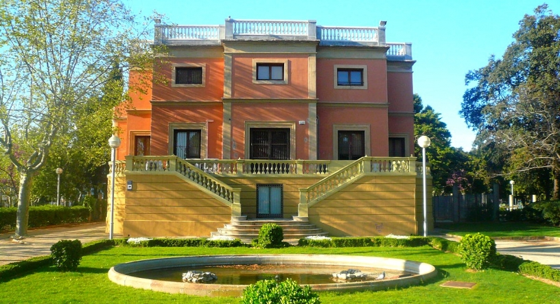 Mansion at Can Vidalet, no a language school