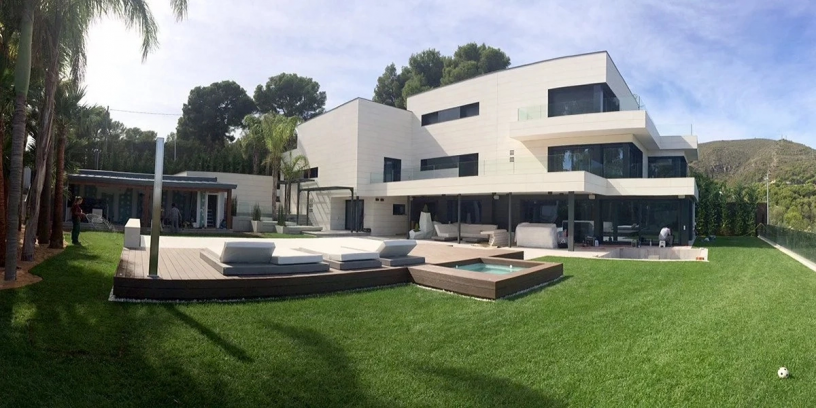 Messi's stunning mansion