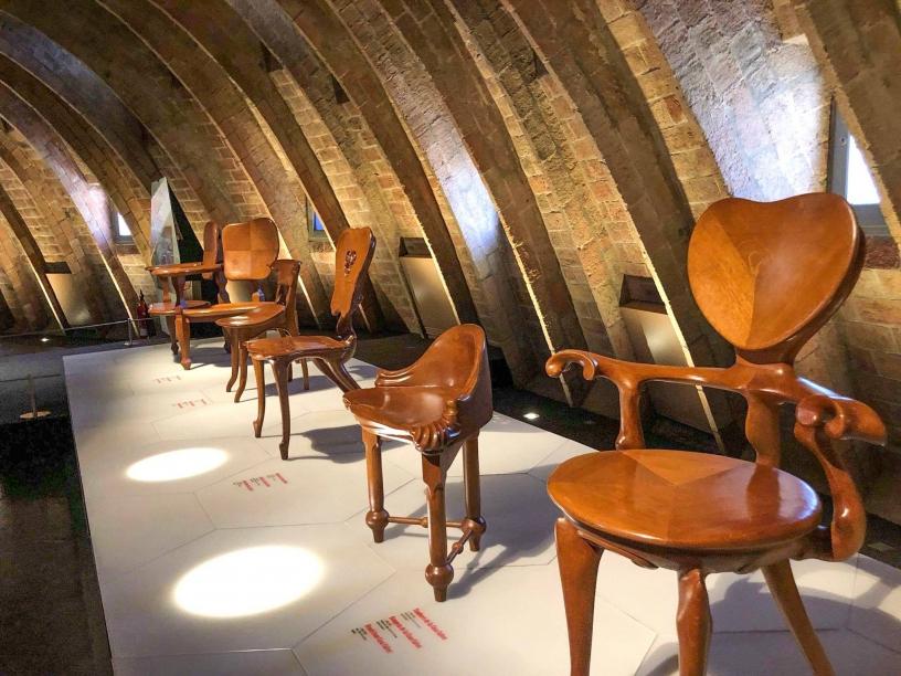 Repliche del Mobilio di Casa Milà