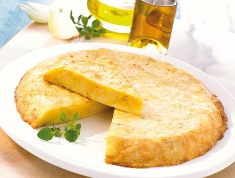 Tortilla de patata dividida en porciones