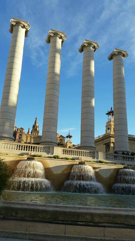 4 columns Montjuic Barcelona