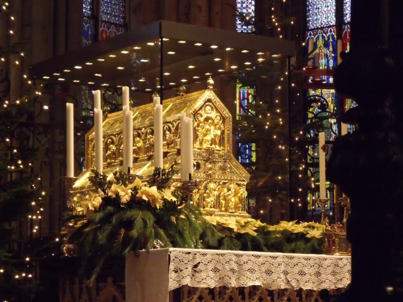 Le reliquaire au coeur de la cathédrale de Cologne
