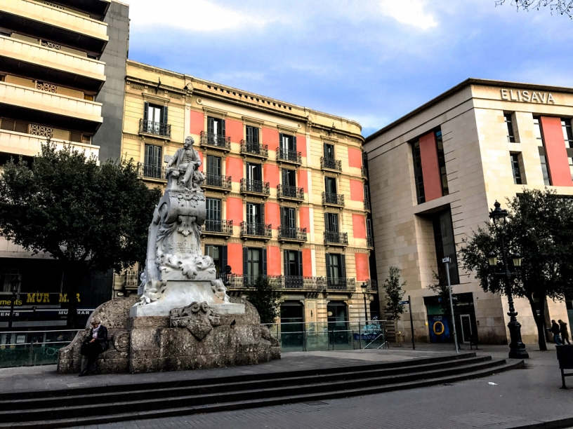 Statue Rambla Barcelona