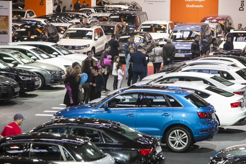 Cars aparcados durante la convención