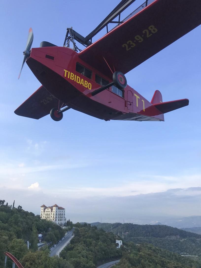 Parque de atracciones del Tibidabo: Avión