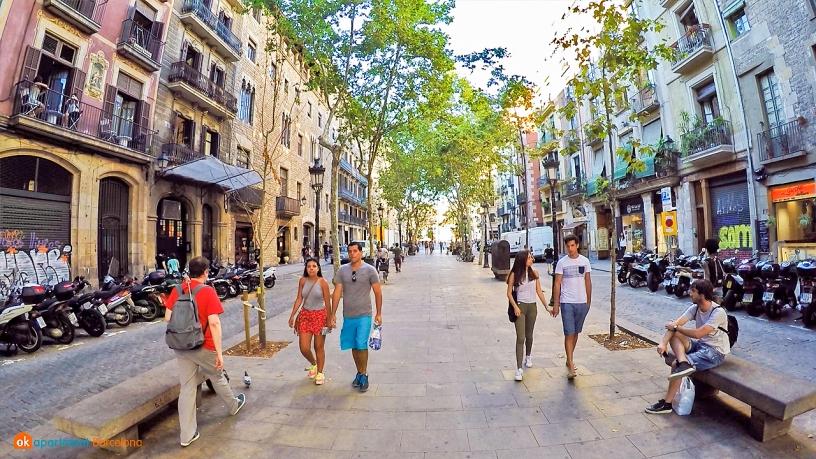 Street El Born