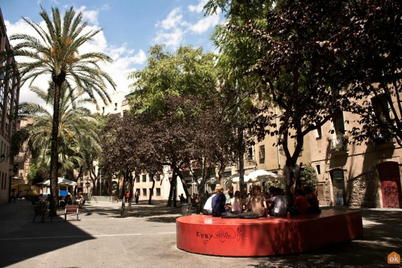 Площадь Pons i Clerch Барселона