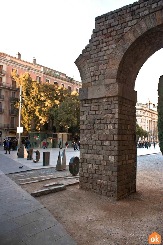 Römischer Aquädukt in Barcelona