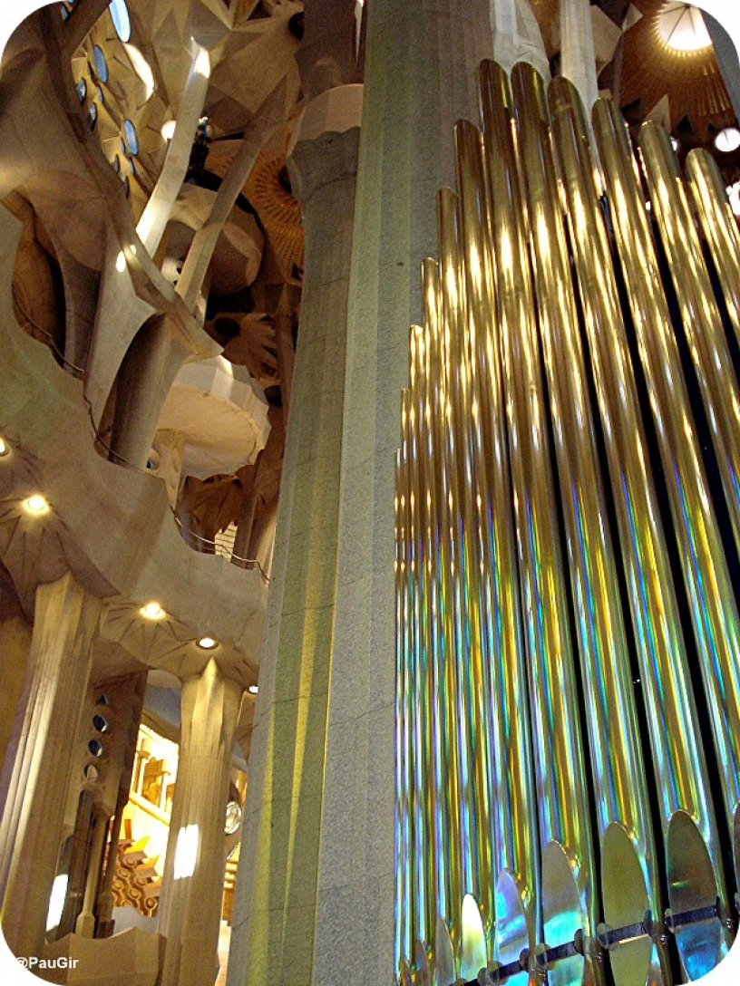 Orgel i Sagrada Familia, Gaudí