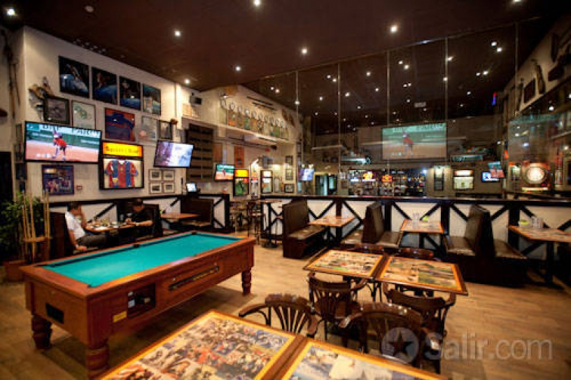 Schöne Bar