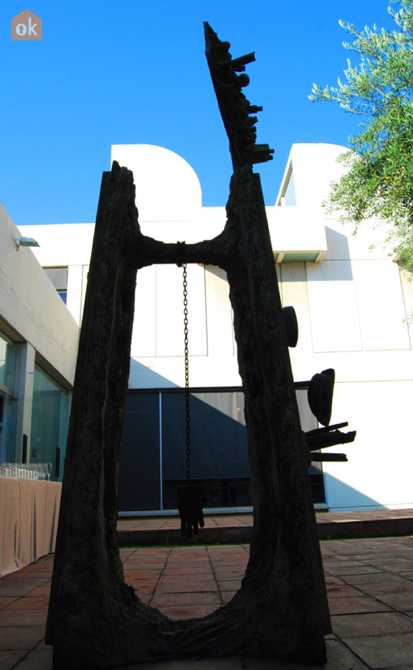 Metal sculpture at the Miró Foundation