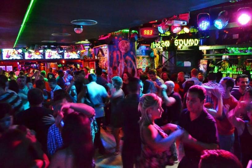 Une folle soirée à l'Antilla