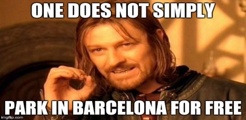 aparcar el coche en barcelona meme