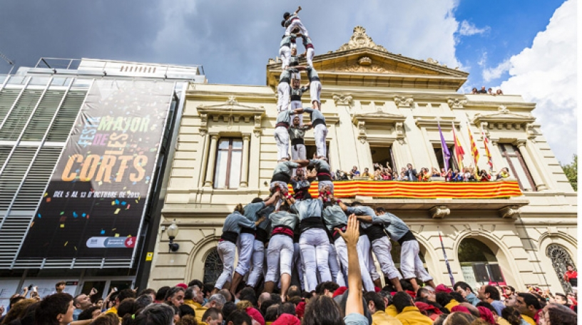 Castellers in Les Corts