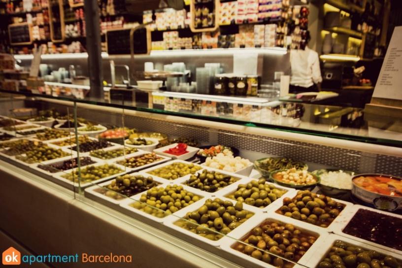 Olive stall at Mercat del Ninot in Barcelona