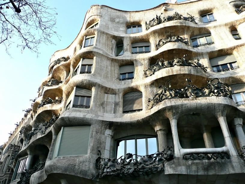 utanför La Pedrera Barcelona
