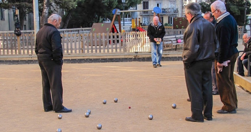 Barcelona elderly playing boules