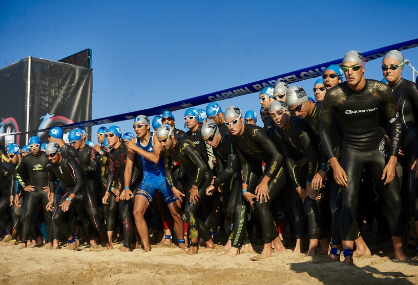 Triathletes starting in Barcelona