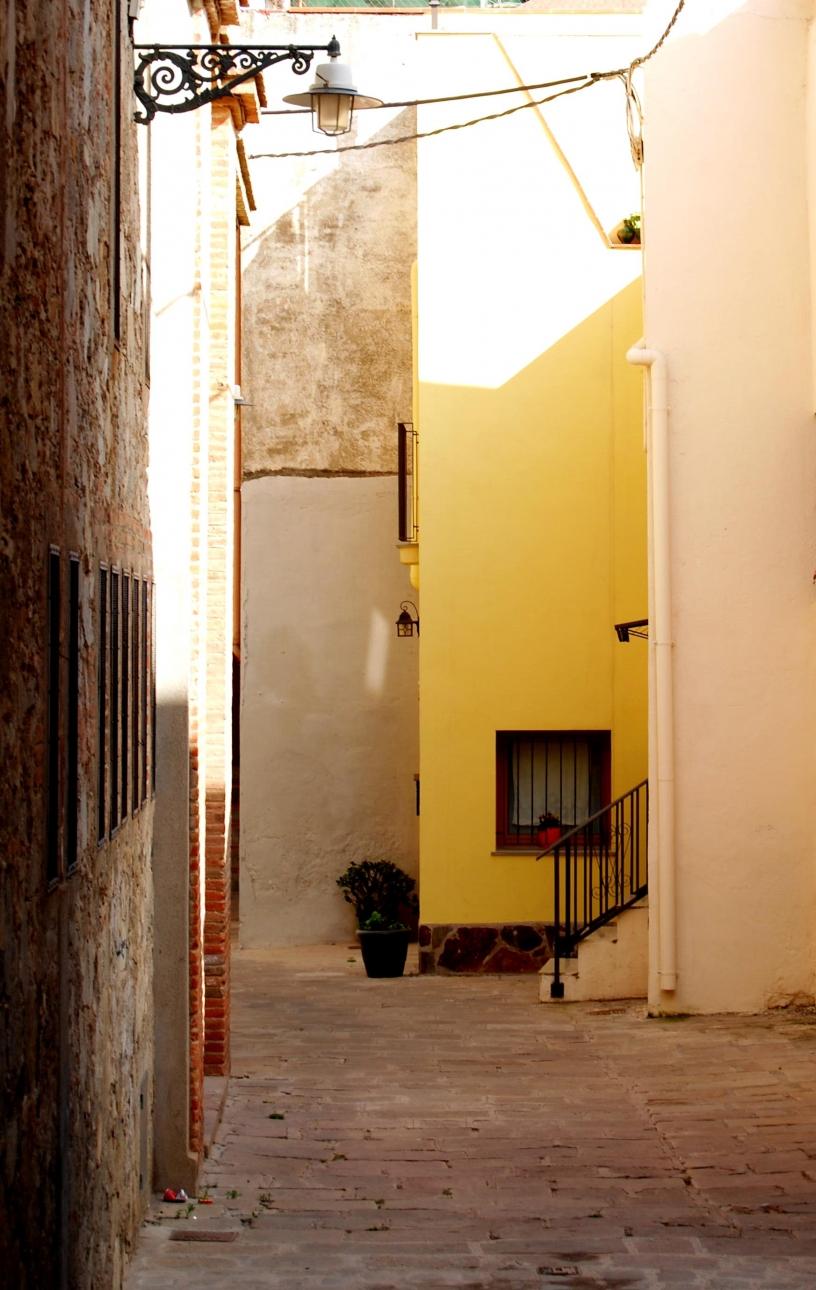 Badalona Alley