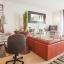 Espaço de escritório e sala de estar