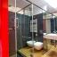 Badrum med dusch