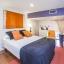 Δεύτερο υπνοδωμάτιο με διπλό κρεβάτι
