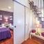 διπλό υπνοδωμάτιο με συρόμενη πόρτα πρόσβαση