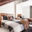 Slaapkamer met een tweepersoonsbed en een eenpersoonsbed