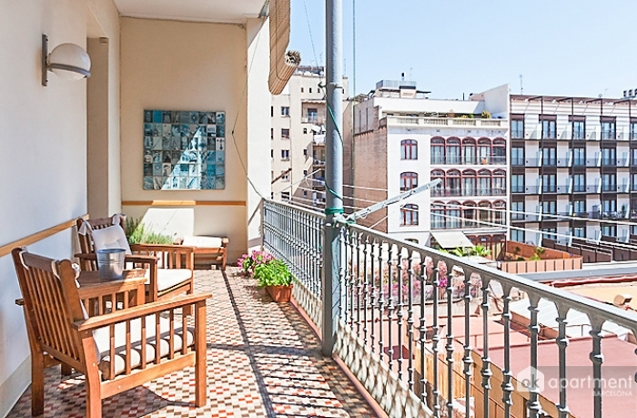 Balcon avec mobilier