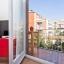 Oppholdsrom og balkong