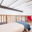 Zwei Einzelbetten im erhöhten Bett