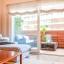 Stue og lille terrasse