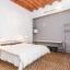 Ευρύχωρο υπνοδωμάτιο με διπλό κρεβάτι