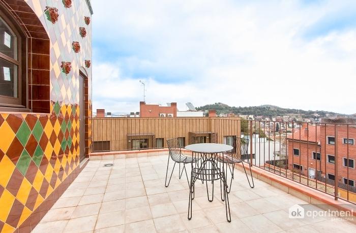 Eerste terras met uitzicht op de stad