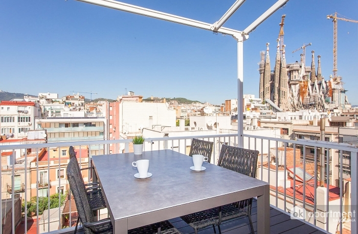 Terrasse avec vue sur la Sagrada Familia