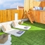 Terrasse avec gazon artificiel
