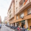 Edificio y calle