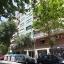 Gebäude und Straße